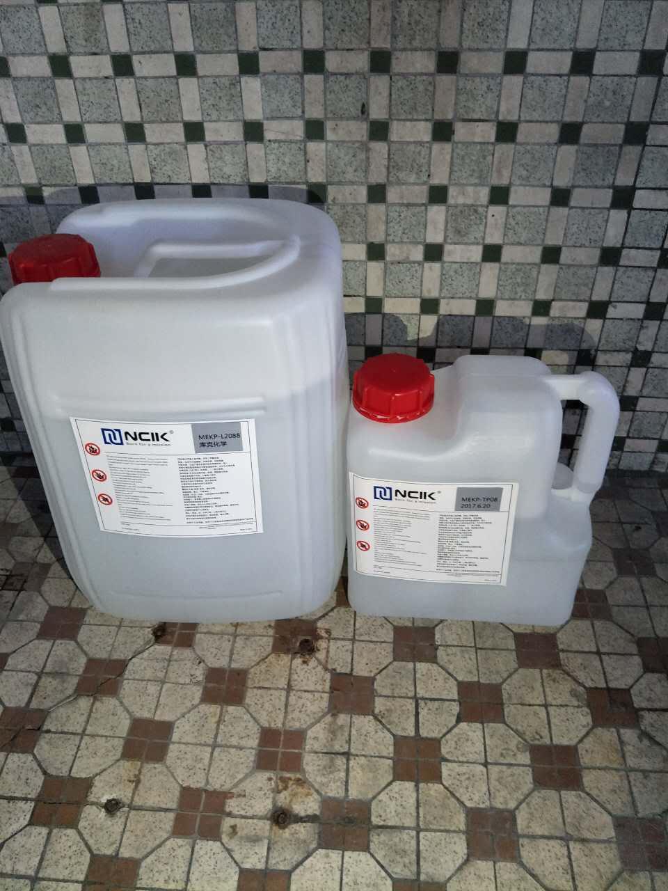 库克过氧化甲乙酮、固化剂、硬化剂、白水(环保型不含邻苯)图片