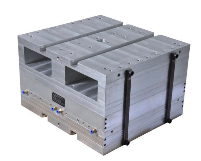 成型压空模 配合香港电业(上辉机械)、日本浅野自动生产线和德国KIEFEL自动生产线