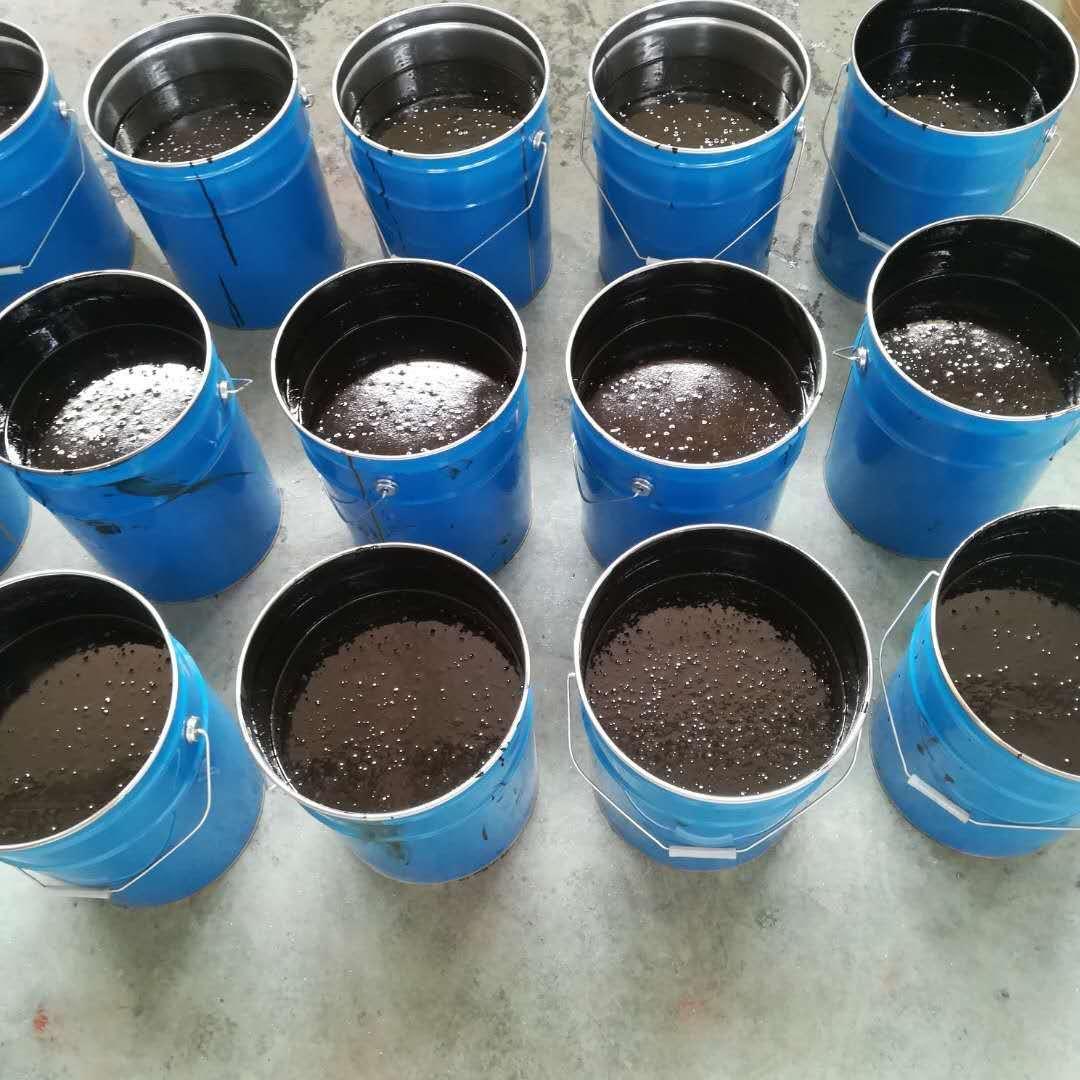厂家生产环氧煤沥青漆图片