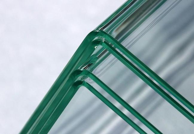 德国科学家研制直角转弯玻璃制造新工艺 不会影响其光学特性